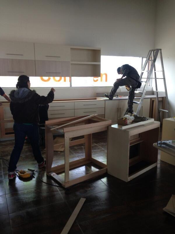 En plena construcción de mi cocina!