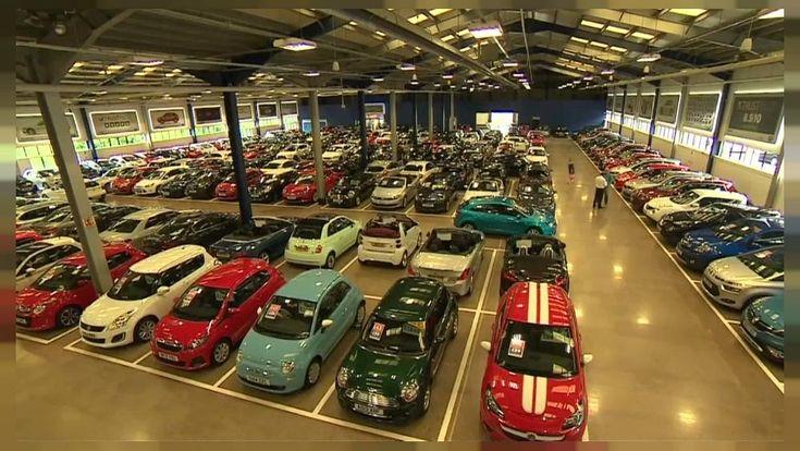 El brexit y el gasóleo hunden las ventas de coches en el Reino Unido  ||  Inquietud en los concesionarios de coches del Reino Unido tras registrarse la mayor caída de matriculaciones desde el año dos mil nueve. El año pasado http://es.euronews.com/2018/01/05/el-brexit-y-el-gasoleo-hunden-las-ventas-de-coches-en-el-reino-unido?utm_campaign=crowdfire&utm_content=crowdfire&utm_medium=social&utm_source=pinterest