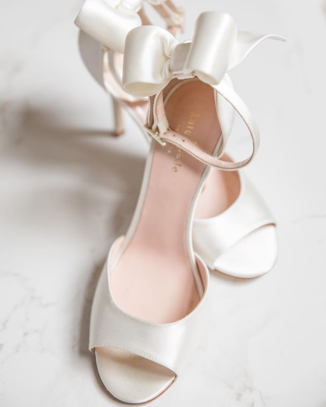 Best 25 kate spade wedding shoes ideas on pinterest kate spade best 25 kate spade wedding shoes ideas on pinterest kate spade keds glitter wedding shoes and kate spade dresses junglespirit Images