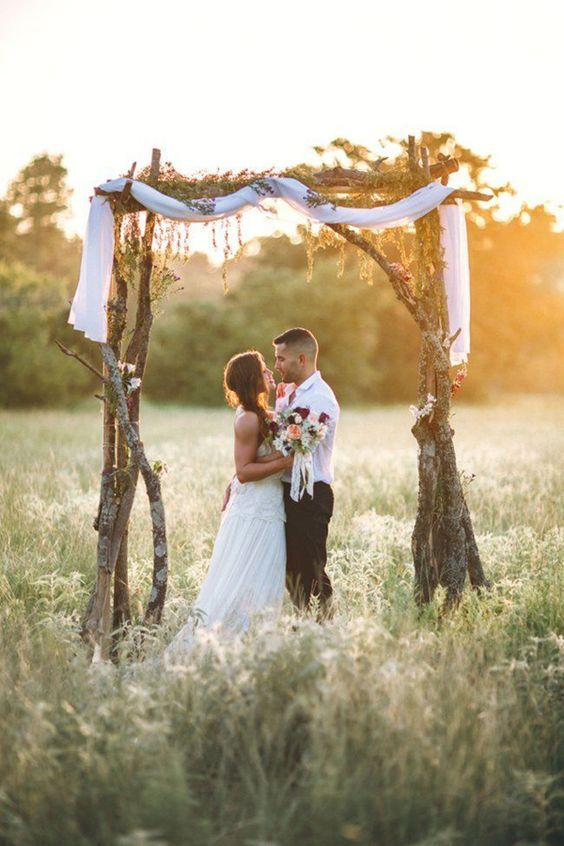 Elegant Rustic Wedding Arch / http://www.himisspuff.com/fall-wedding-arch-and-altar-ideas/2/