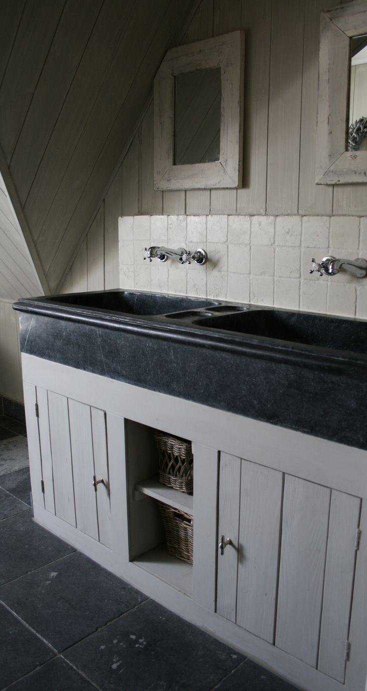 #bathroom #hardware #design www.motherofpearl.com