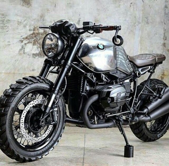 BMW R Nine T Trust Me I'm A Biker Please Like Page on Facebook: https://www.facebook.com/pg/trustmeiamabiker Follow On pinterest: https://www.pinterest.com/trustmeimabiker/