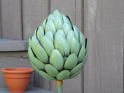 recycle, recycling, recycled, garden art, recycled garden art, craft, crafting, craft klatch, artichoke, recycling craft, fun, easy