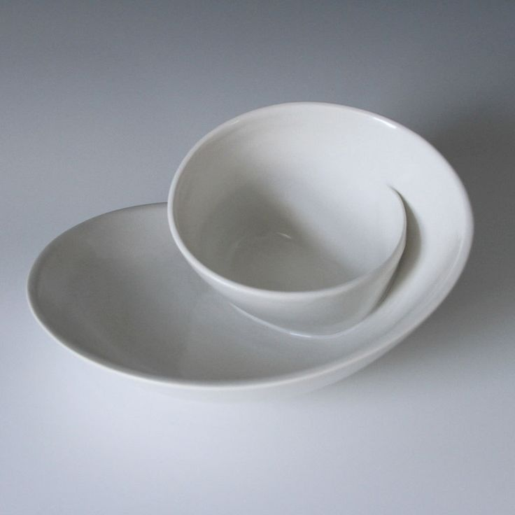 Kitchen Dish Sets Gold Whirl Serving Plate No. 18 - Bright White | Vessels ...