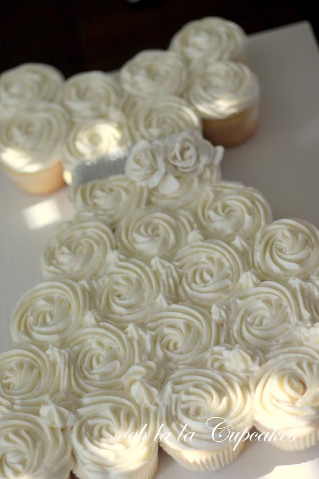 first+communion+party+decorations+ideas | First Communion Cupcake Cake | party ideas