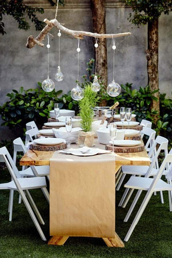 30 Absolutely Stunning Ideas For Christmas Table Decorations Outdoor Christmas Decorations Christmas In Australia Outdoor Christmas