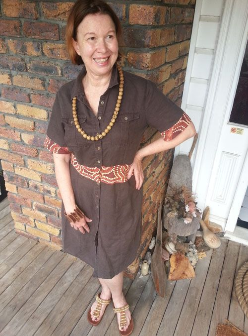Sew 343 - Upcycled is greenest - Jo upcycles linen by adding bandanna panels