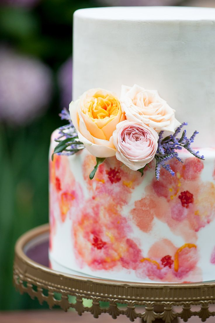 Watercolour wedding cake with fresh flowers | Liesl Cheney Photography | See more: http://theweddingplaybook.com/watercolour-garden-wedding-inspiration/
