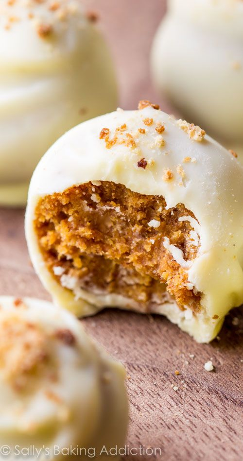 White chocolate pumpkin spice truffles. These are SO easy and perfect for Fall and Halloween!