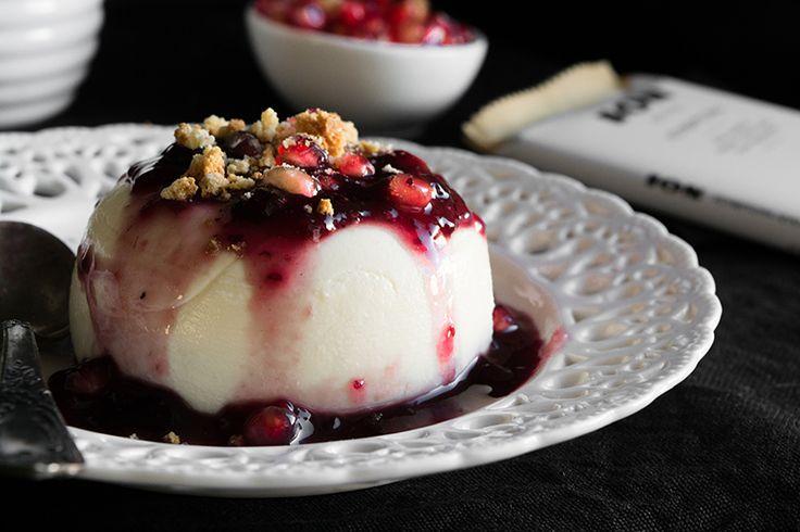 Πανακότα με Λευκή Σοκολάτα και Κόκκινα Φρούτα | ION Sweets