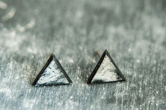Aretes negro para hombres diminutos pendientes, pendientes de los hombres, los hombres pendientes de triángulo, joyería de los hombres, Stud pendientes pendientes minimalistas,