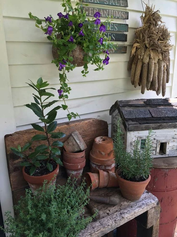 country decor for the porch