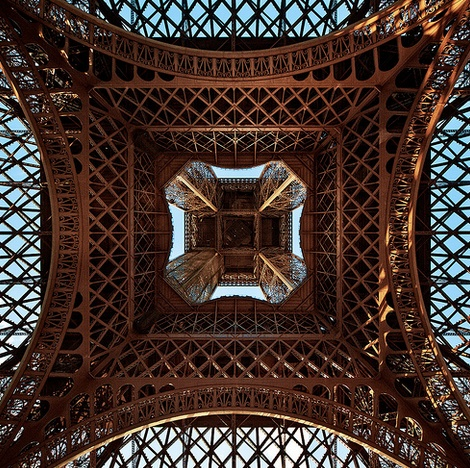 Eiffel Tower by Phillipp Klinger