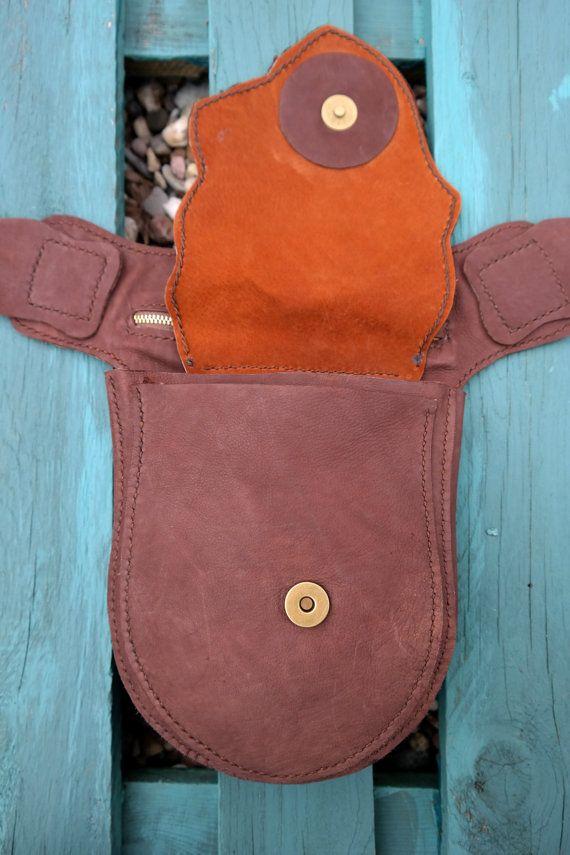 MaLi... vestirsi! e non dimenticare la tua borsa.  Questo nuovo pezzo non è solo una bellissima borsa dellanca, ma può essere indossato come una