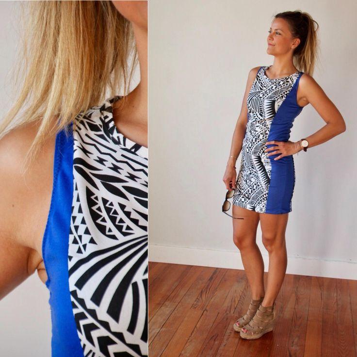 Robe moulante été, pour femme, bleue et motifs polynésiens, courte, ethnique et exotique ! Woman dress, sexy dress, Summer, wax and ethnic de la boutique AllByK sur Etsy