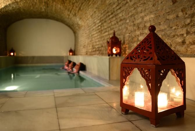 Aire de Sevilla: Baños Árabes and hammam spa ~ http://www.spain-holiday.com/Seville-city/articles/banos-arabes-aire-de-sevilla via @Spain_Holiday #wellness #Spa in Spain!