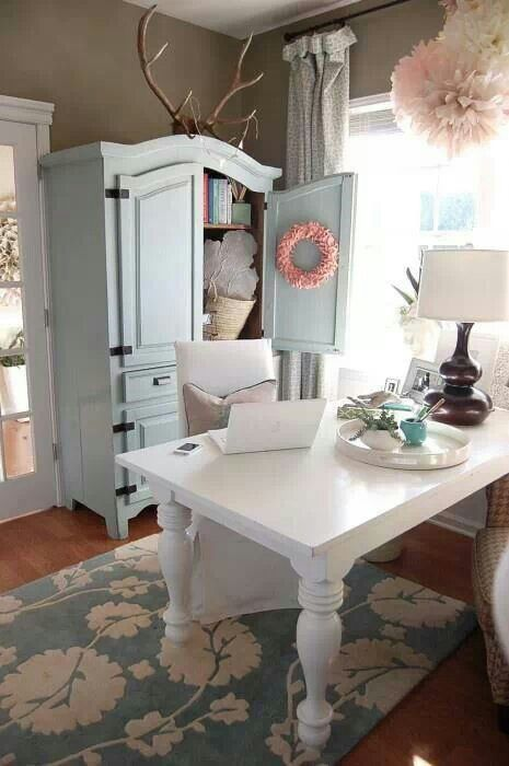 25 best ideas about shabby chic office on pinterest for Chic office ideas