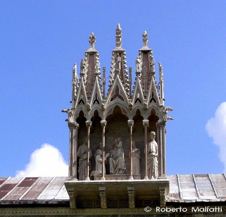 Gothic tabernacle. Pisa, Italy