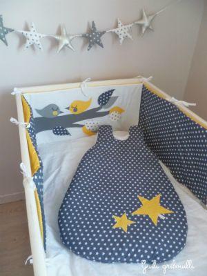tour de lit et gigoteuse étoiles/oiseaux Guili gribouilli