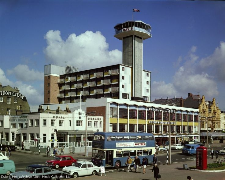 Oasis Tower, Great Yarmouth. | 9 Charming Photos Of The British Seaside In The 60's