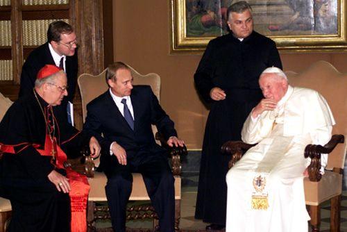 * Papa João Paulo II e Presidente russo, Vladimir Putin.