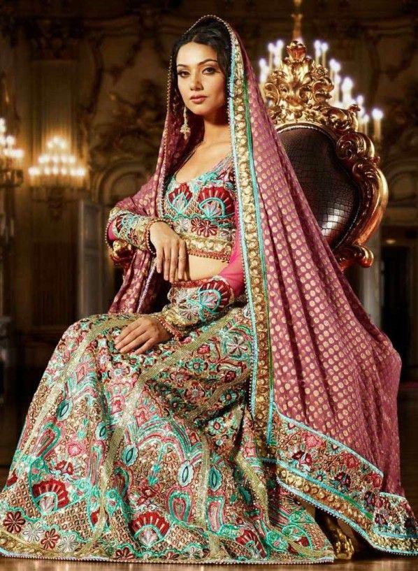 Pakistani Bridal Makeup & Makeup Tricks To Look Young...