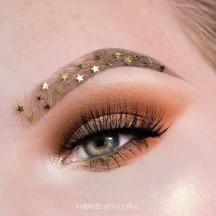 Starry eyes or in this case brows @anastasiabeverlyhills