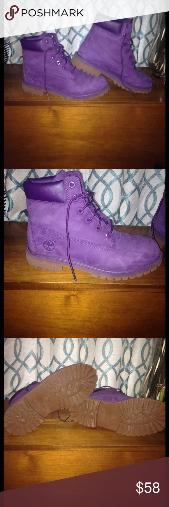 """Kids purple Timberland boots...💜 These are a size 6 kids. The can crossover to a  8/9 (women's size) They are in excellent condition and show little to no wear. Remember to hit the """"offer"""" button... Timberland Shoes Boots"""