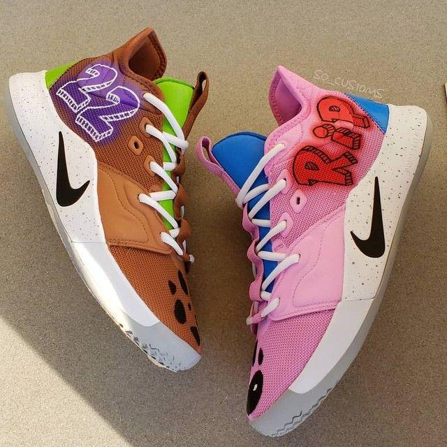 Scooby x Courage x PG 🐶🏀 . . . #courage #couragethecowardlydog #scoobydoo #scooby #cartoonnetwork #retrocartoons #pg3 #nikebasketball #basketballsneakers #basketballislife #customsneakers #customizedshoes #customkicks #sneakercustoms #paintedshoes #sneakerart