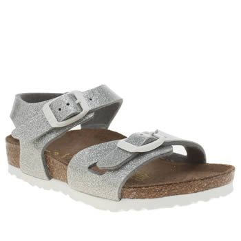 Birkenstock Silver Rio Girls Toddler Your little one will sparkle in the sunshine this summer, with the Rio from Birkenstock. Arriving for kids, the silver man-made upper features a glittery finish and double adjustable buckle straps for http://www.MightGet.com/january-2017-13/birkenstock-silver-rio-girls-toddler.asp