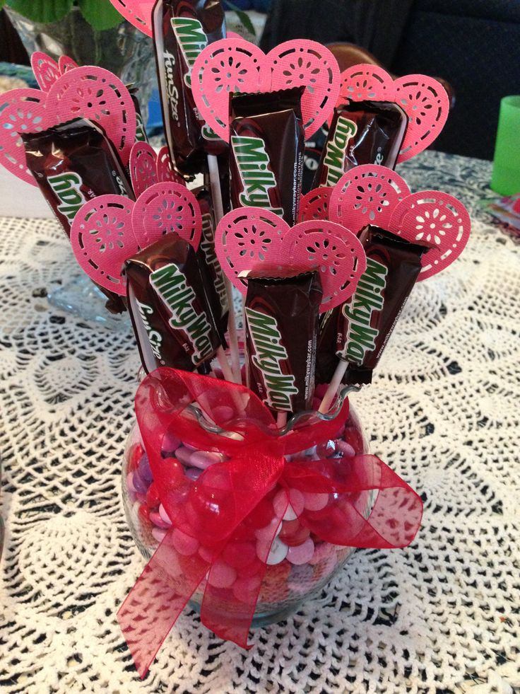 Milky Way Bouquet Use heart punch, dollar store vase, fill ...