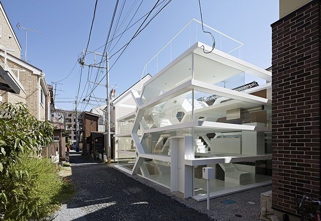 s-house Glass House - Tokyo