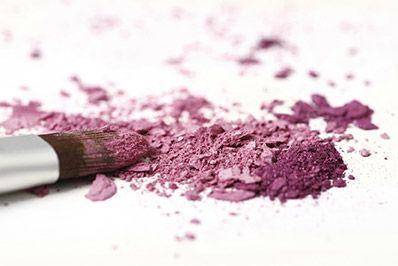 Comment réparer un fard à paupières cassé #maquillage #astucemaquillage