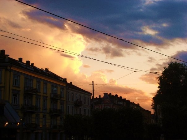 sunset at majorstua, oslo.  photo: katinka hellum.