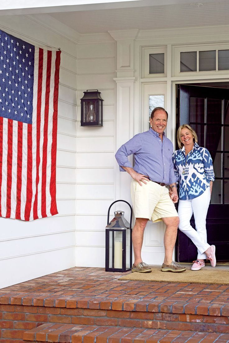 """""""The owners wanted something that looks like the village they've known for most of their lives,"""" says Beeton. To stay true to the area's architectural roots, he designed the house in traditional Dutch Colonial style, with gambrel and gable roofs. """"Many ho"""