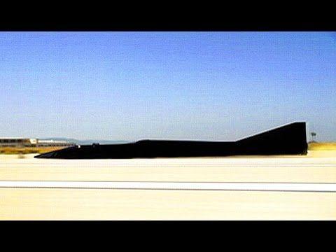 いいなCM サントリー ボスブラック 「世界最速電気自動車」篇 - YouTube