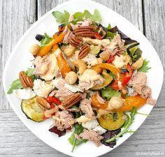 Salade met gegrilde groenten, kip en tonijn - Lovemyfood.nl