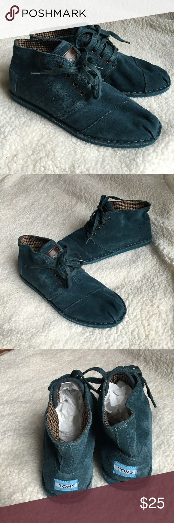 Toms High Tops Selling a size 8.5 Women's Toms desert boots. These are in great condition. No rips or holes. No funny smells. Inside is very clean as well. TOMS Shoes Ankle Boots & Booties