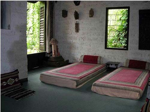 Eco friendly farm house in nathdwara india earth for Eco friendly cottages