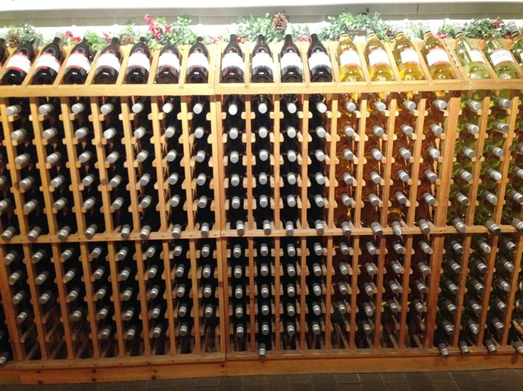 Sunnybrook Farm Estate Winery - Huge selection of  8 fruit wines in addition to ciders and ice wine | discoverhappiness.ca
