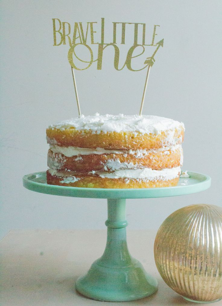 Cake topper, cake topper birthday, cake topper baby shower, cake toper, cake topper gold,be brave,brave,be brave little one,brave little one by pompomsandpinwheels on Etsy https://www.etsy.com/listing/286794441/cake-topper-cake-topper-birthday-cake