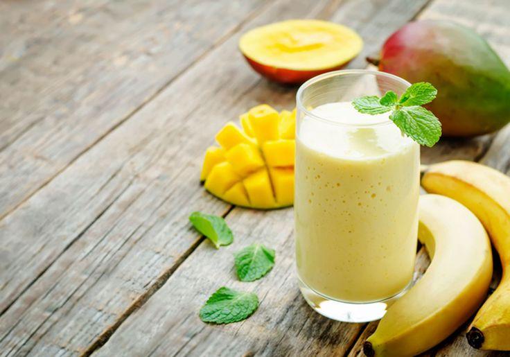 Smoothie de iogurte e frutas para um café da manhã turbinado