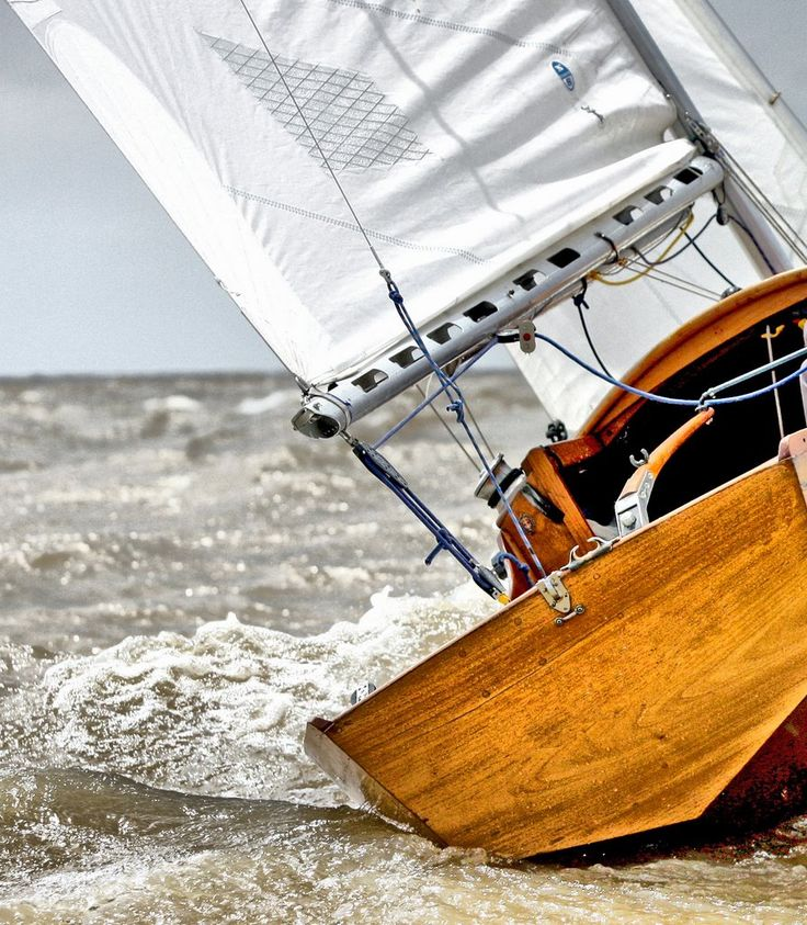 how to make a small wooden sailboat