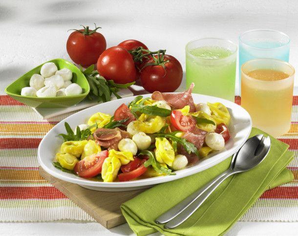 Unser beliebtes Rezept für Tortellinisalat mit Parmaschinken und mehr als 55.000…