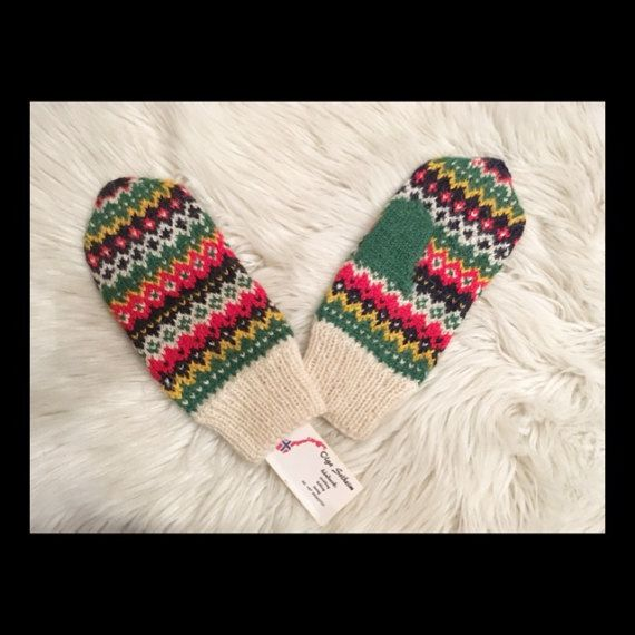 100% wool Norwegian hand made knitted mittens with от NorwayWool