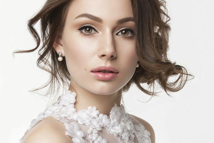 花嫁の髪型|一生に一度の結婚式で輝くための参考画像60選