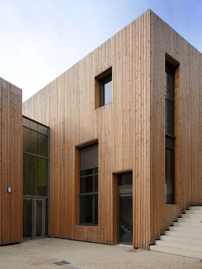 Les 25 meilleures id es de la cat gorie bardage bois sur for Facade maison bois contemporaine