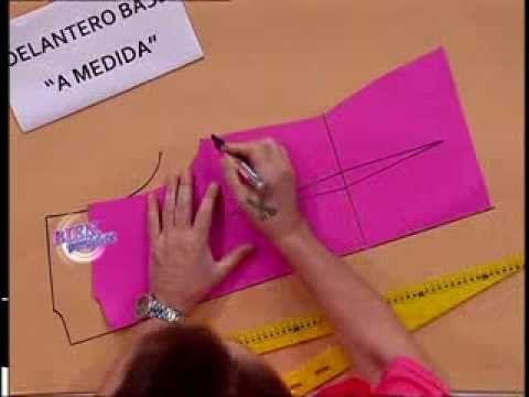 Hermenegildo Zampar explica el molde base del delantero. Visitá www.bienvenidas.com