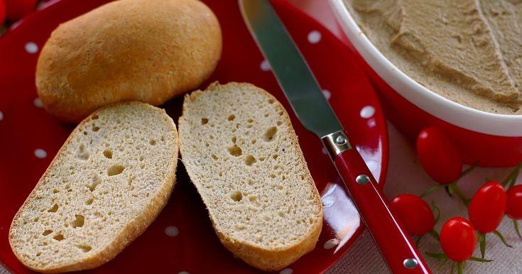 Már több, mint 2 éve paleozom. A kenyerektől egész jól el tudtam szakadni ennyi idő alatt, de azért akadnak olyan dolgok, amikhez bizo...