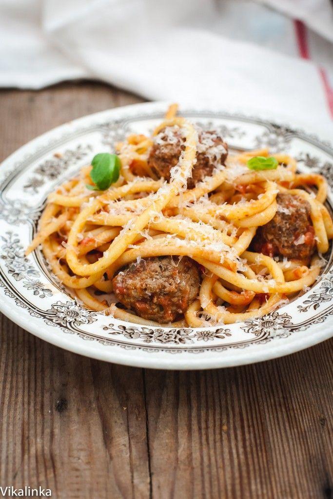 Bucatini and Meatballs - Vikalinka